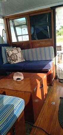 1969 Chris Craft boat for sale, model of the boat is Commander & Image # 4 of 8
