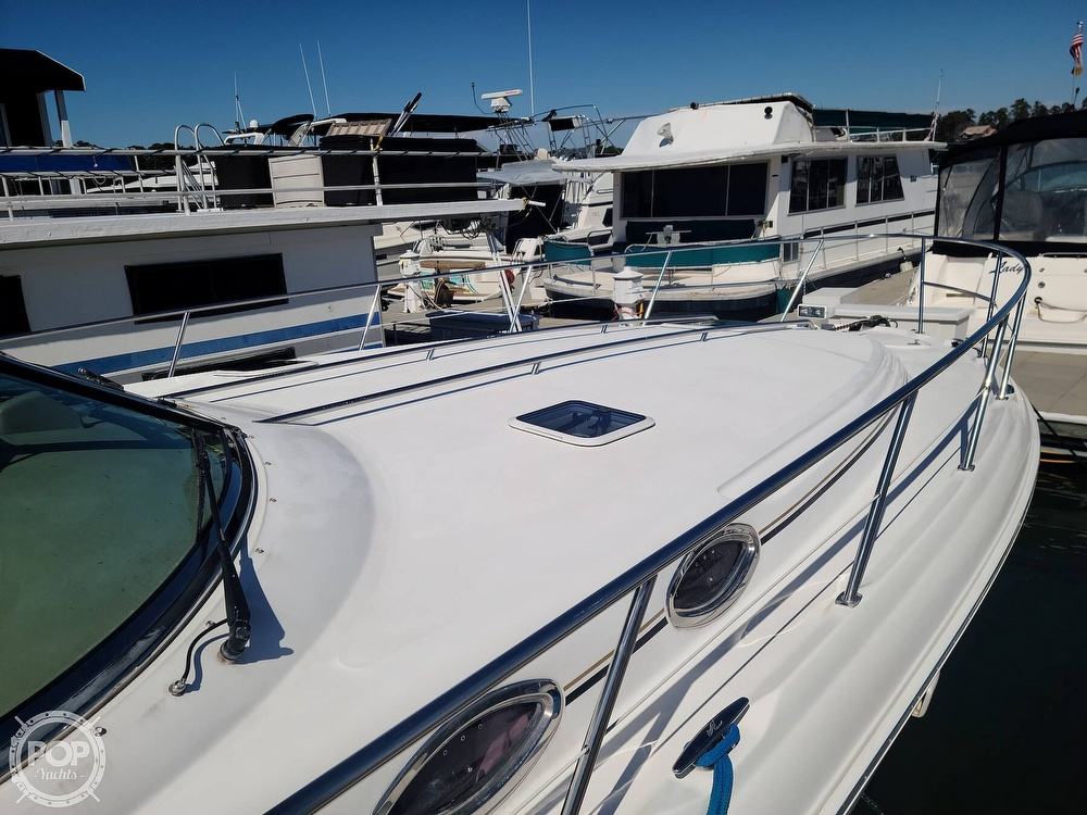2003 Sea Ray boat for sale, model of the boat is 380 Sundancer & Image # 28 of 40