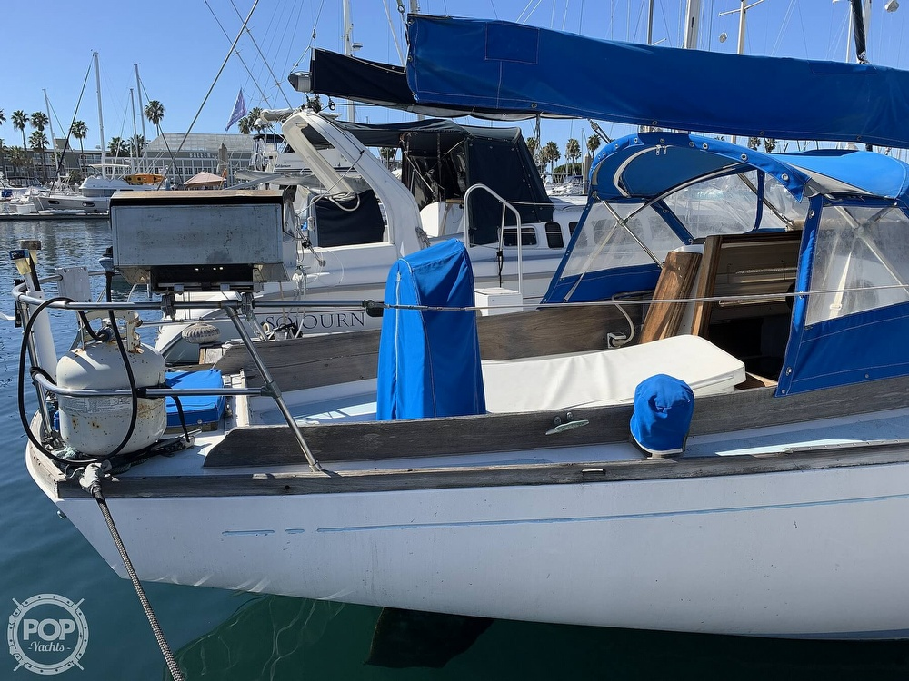 1967 Columbia boat for sale, model of the boat is C-34 & Image # 10 of 40