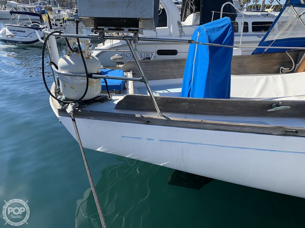 1967 Columbia boat for sale, model of the boat is C-34 & Image # 14 of 40