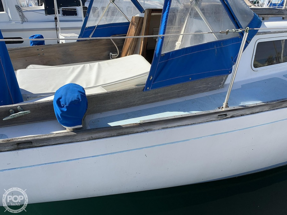 1967 Columbia boat for sale, model of the boat is C-34 & Image # 15 of 40