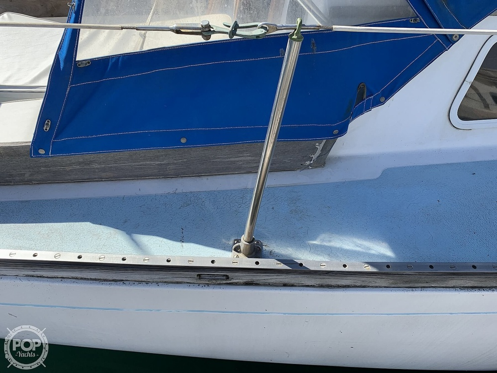 1967 Columbia boat for sale, model of the boat is C-34 & Image # 16 of 40