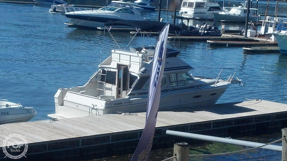 1986 Sea Ray boat for sale, model of the boat is 300 Sedan Bridge & Image # 7 of 15