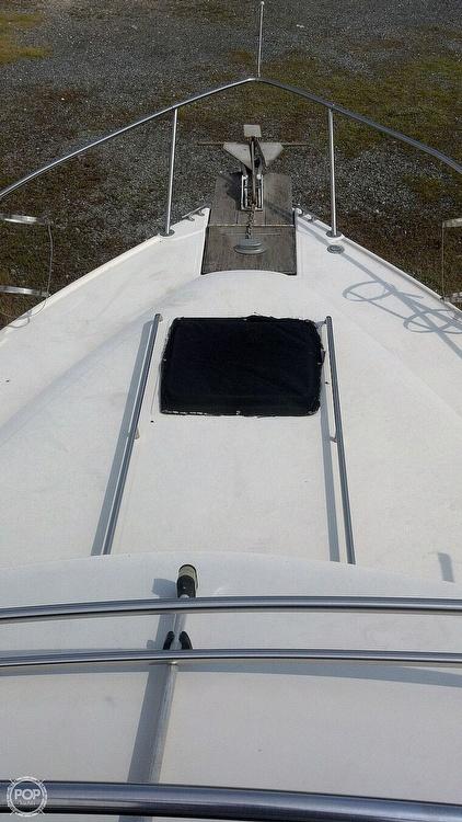 1986 Sea Ray boat for sale, model of the boat is 300 Sedan Bridge & Image # 9 of 15