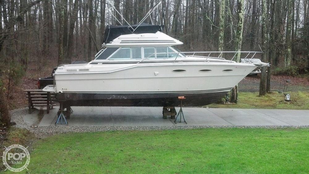 1986 Sea Ray boat for sale, model of the boat is 300 Sedan Bridge & Image # 4 of 15