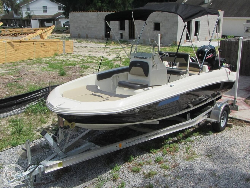 2019 Stingray boat for sale, model of the boat is 186CC & Image # 13 of 40