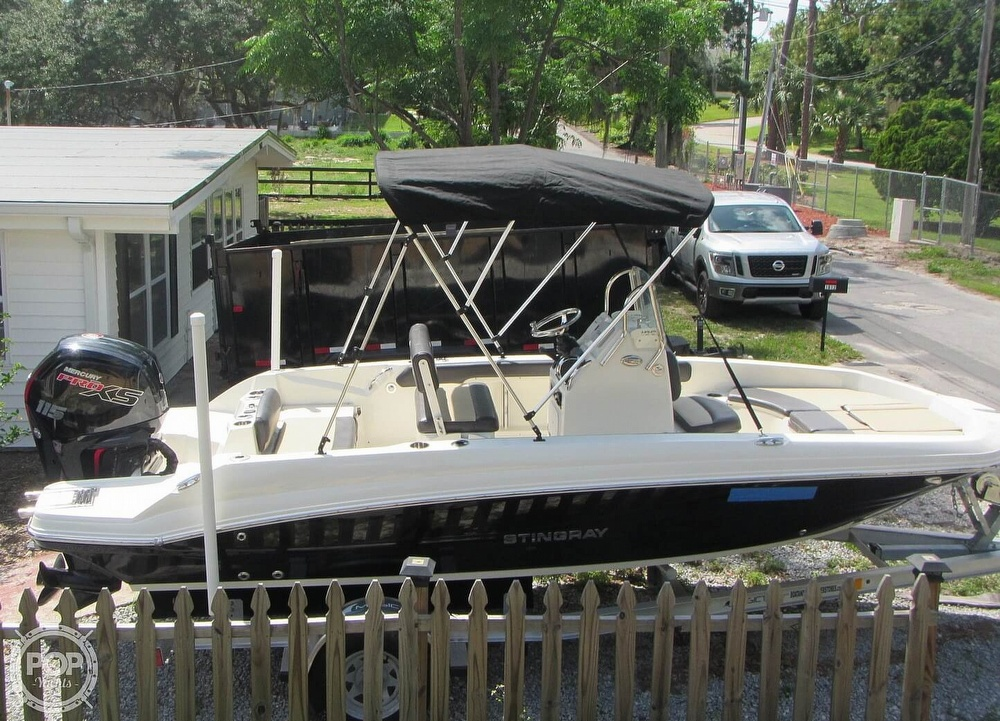 2019 Stingray boat for sale, model of the boat is 186CC & Image # 17 of 40
