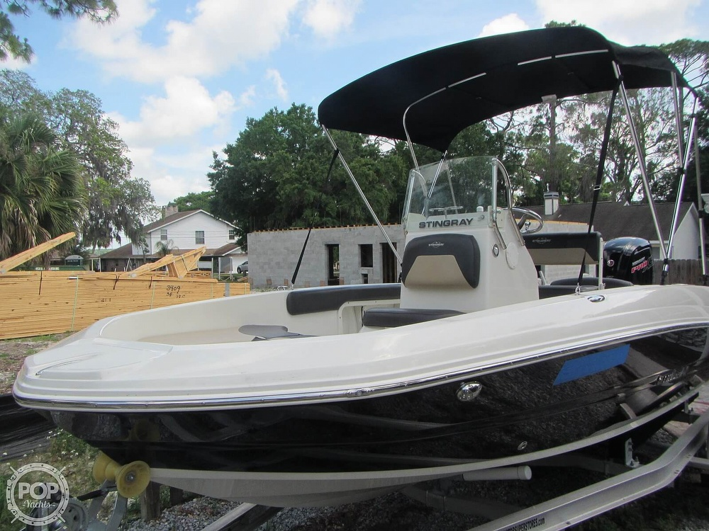 2019 Stingray boat for sale, model of the boat is 186CC & Image # 20 of 40
