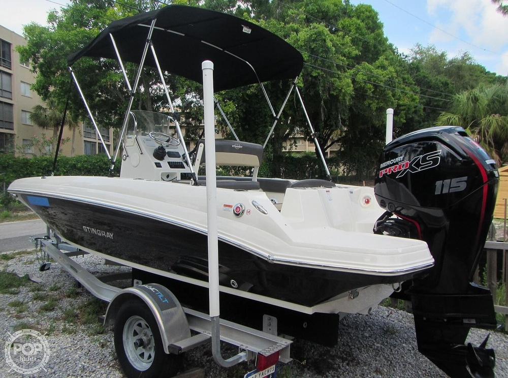 2019 Stingray boat for sale, model of the boat is 186CC & Image # 22 of 40