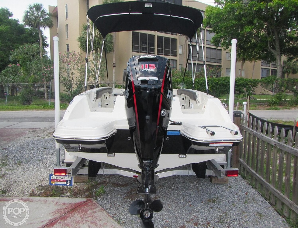 2019 Stingray boat for sale, model of the boat is 186CC & Image # 7 of 40
