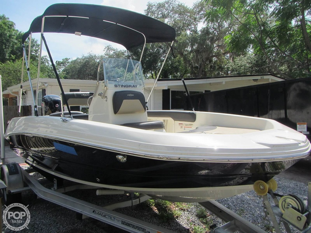 2019 Stingray boat for sale, model of the boat is 186CC & Image # 30 of 40