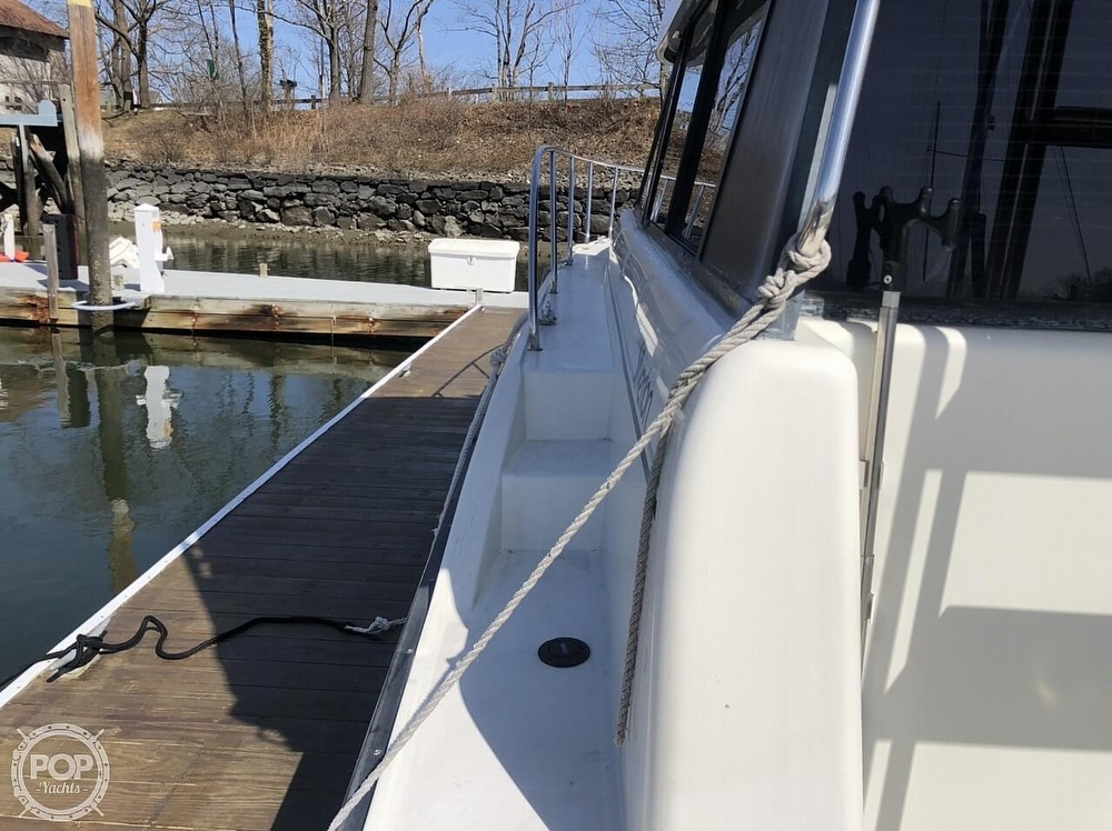 1993 Silverton boat for sale, model of the boat is 37 Convertible & Image # 19 of 40