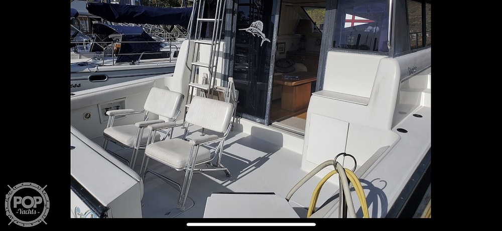 1993 Silverton boat for sale, model of the boat is 37 Convertible & Image # 5 of 40