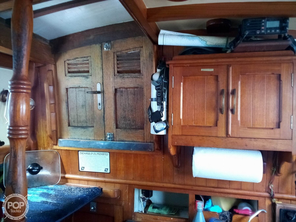 1973 Mariner boat for sale, model of the boat is 32 & Image # 29 of 40