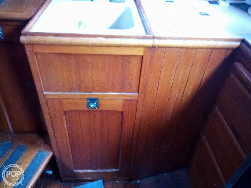 1973 Mariner boat for sale, model of the boat is 32 & Image # 32 of 40