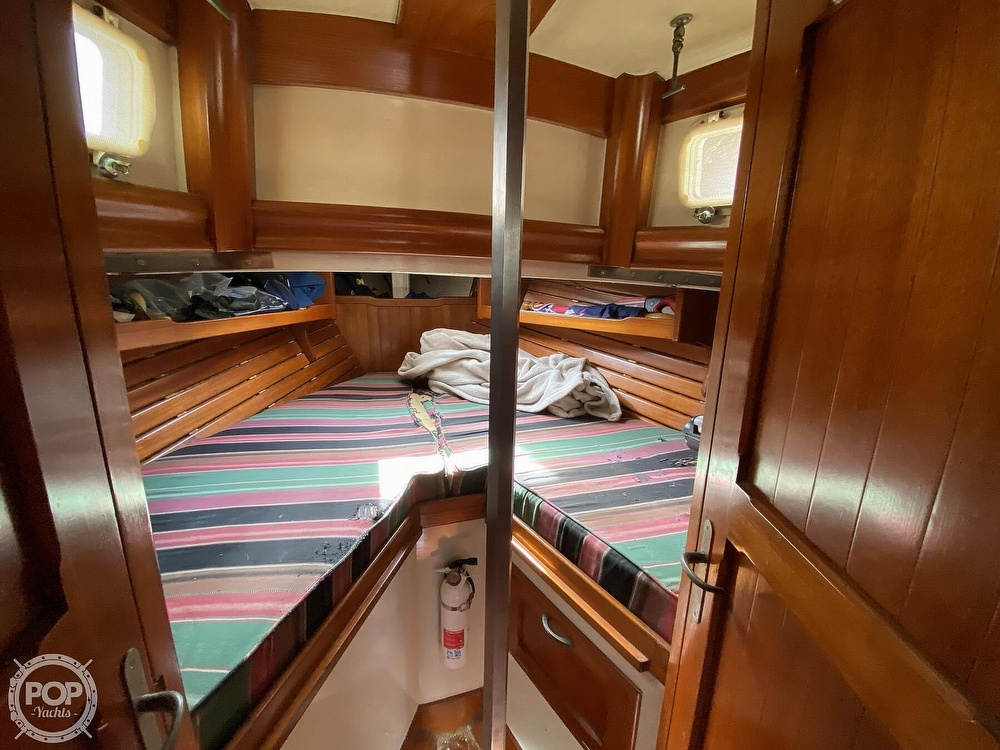 1973 Mariner boat for sale, model of the boat is 32 & Image # 16 of 40