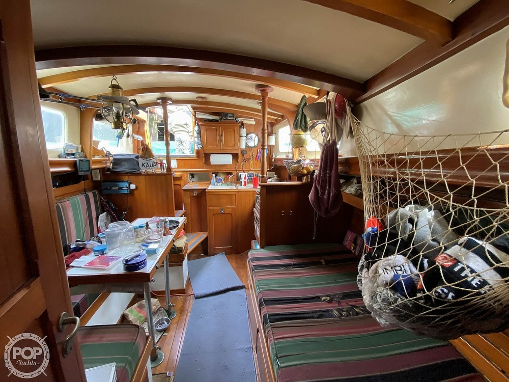 1973 Mariner boat for sale, model of the boat is 32 & Image # 21 of 40