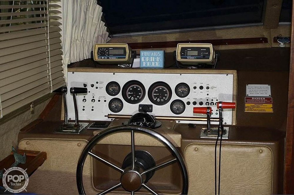 1984 Sea Ray boat for sale, model of the boat is 360 Aft Cabin & Image # 8 of 22
