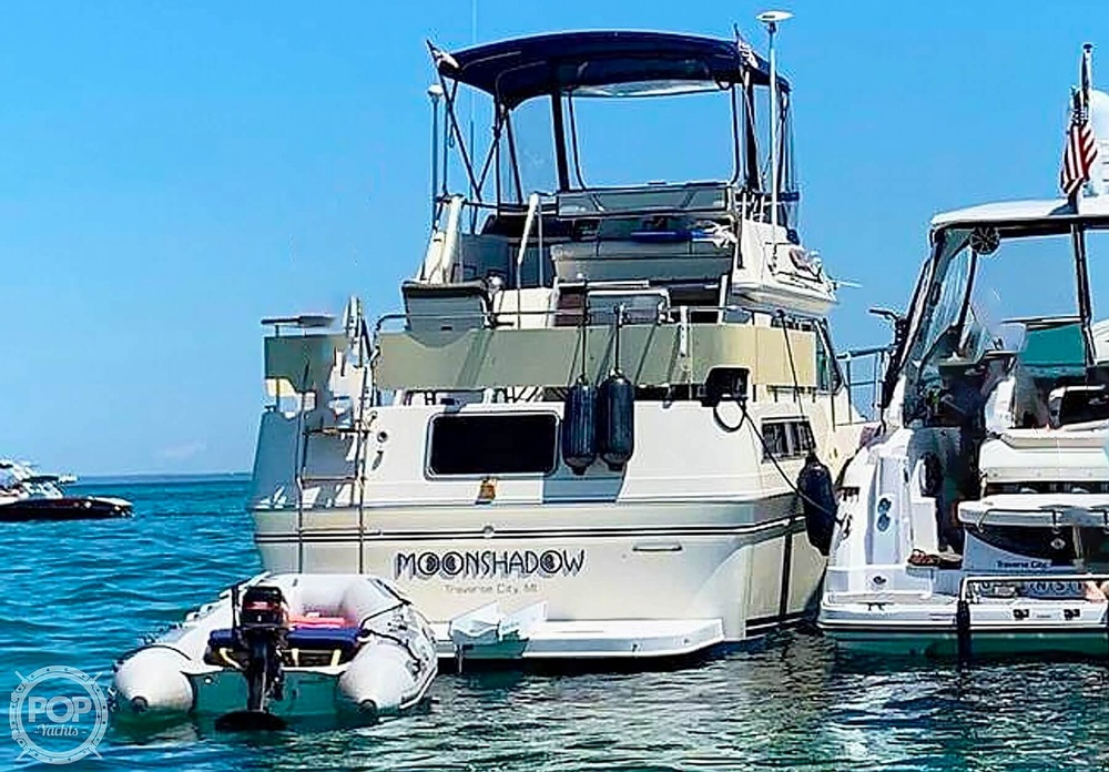 1984 Sea Ray boat for sale, model of the boat is 360 Aft Cabin & Image # 4 of 22