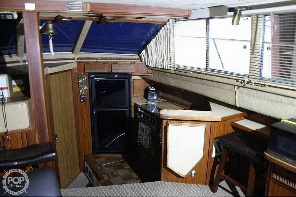 1984 Sea Ray boat for sale, model of the boat is 360 Aft Cabin & Image # 16 of 22