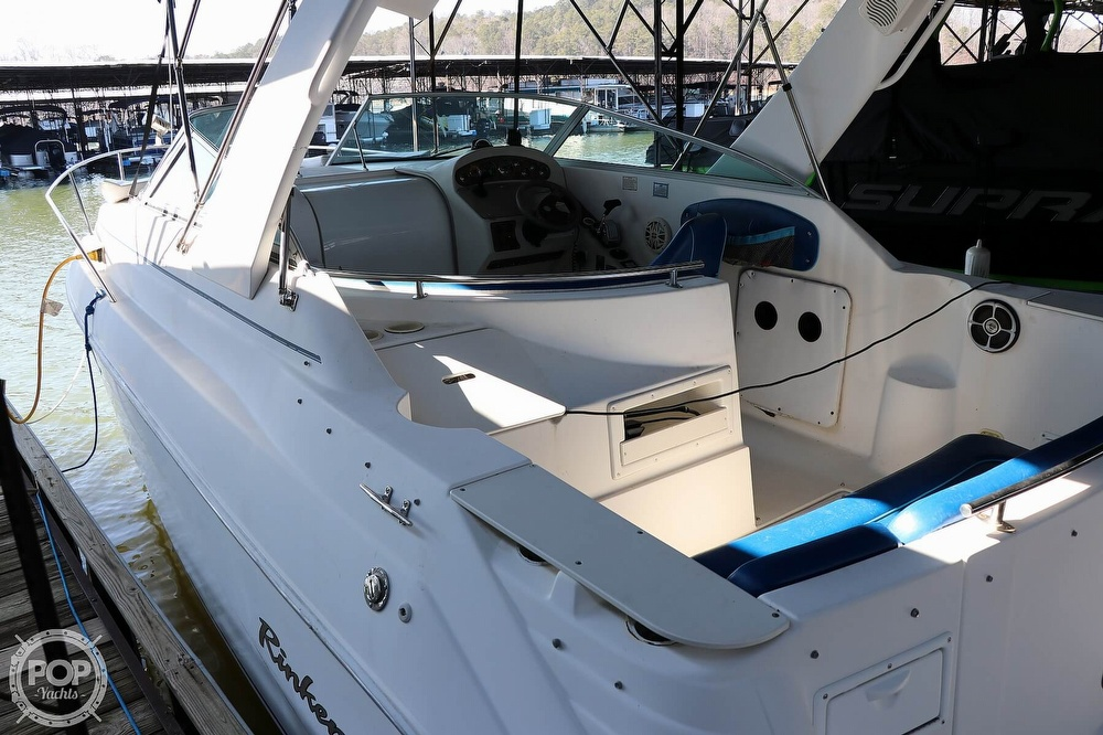 1999 Rinker boat for sale, model of the boat is Fiesta Vee 270 & Image # 7 of 40