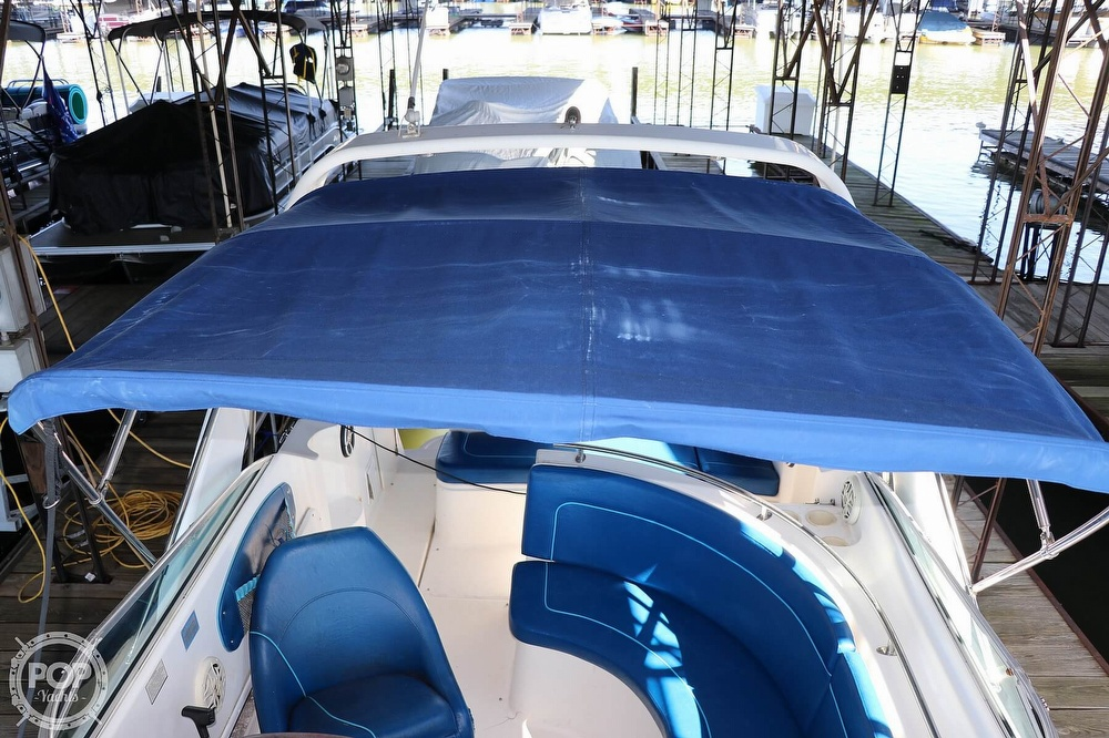1999 Rinker boat for sale, model of the boat is Fiesta Vee 270 & Image # 14 of 40