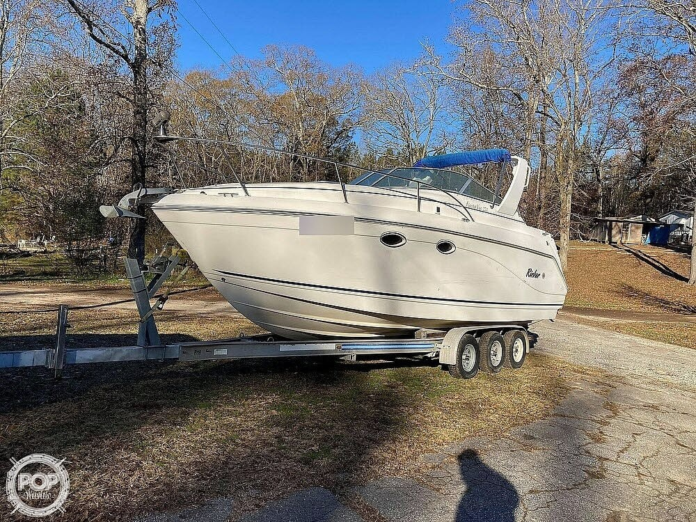 1999 Rinker boat for sale, model of the boat is Fiesta Vee 270 & Image # 5 of 40