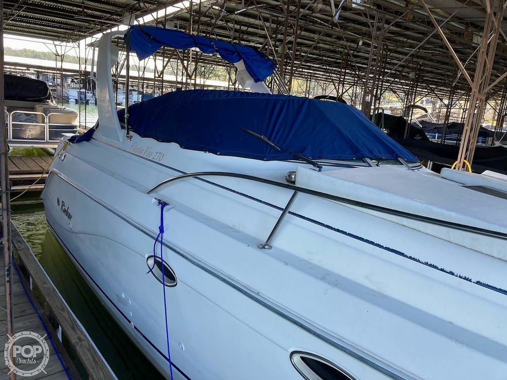 1999 Rinker boat for sale, model of the boat is Fiesta Vee 270 & Image # 18 of 40