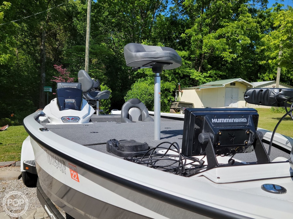 2019 Vexus boat for sale, model of the boat is AVX 2080 & Image # 3 of 40
