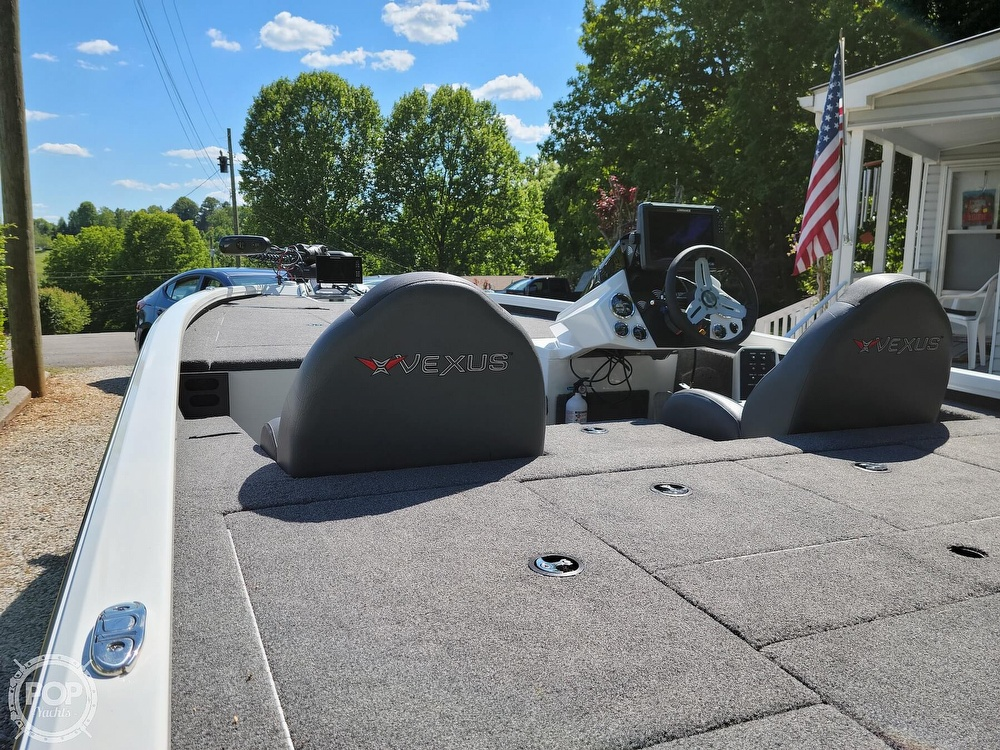 2019 Vexus boat for sale, model of the boat is AVX 2080 & Image # 8 of 40