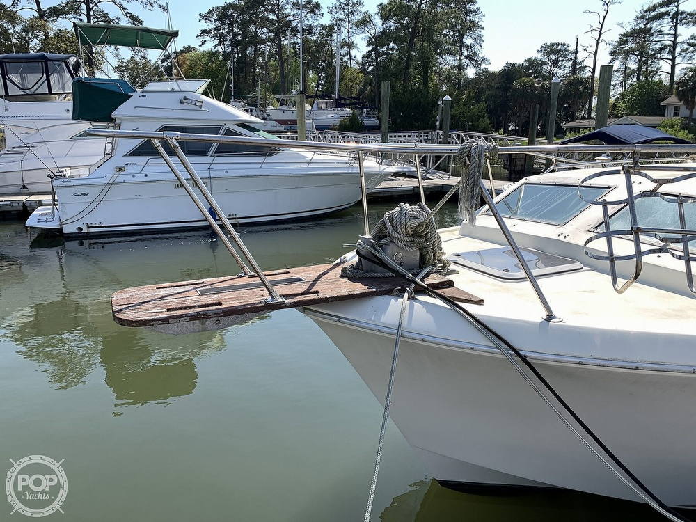 1981 Chris Craft boat for sale, model of the boat is CATALINA 310 EXPRESS & Image # 4 of 40