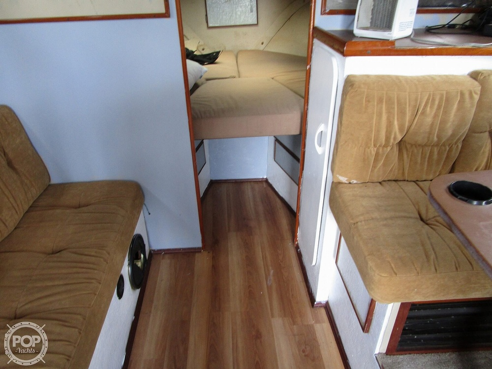 1981 Chris Craft boat for sale, model of the boat is CATALINA 310 EXPRESS & Image # 23 of 40