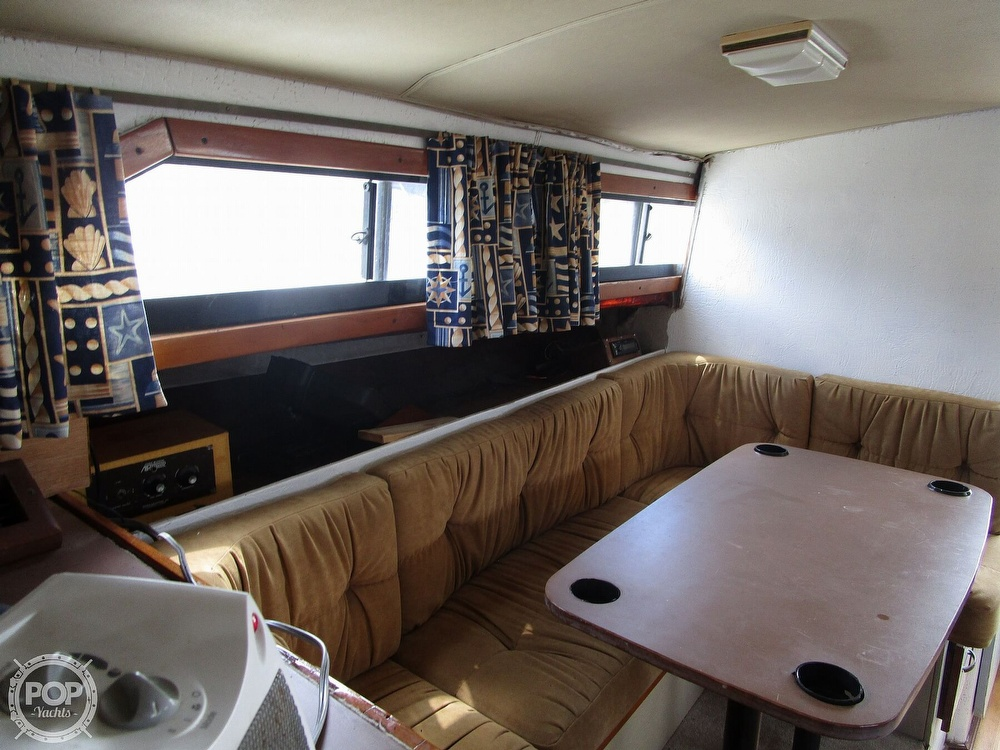 1981 Chris Craft boat for sale, model of the boat is CATALINA 310 EXPRESS & Image # 31 of 40