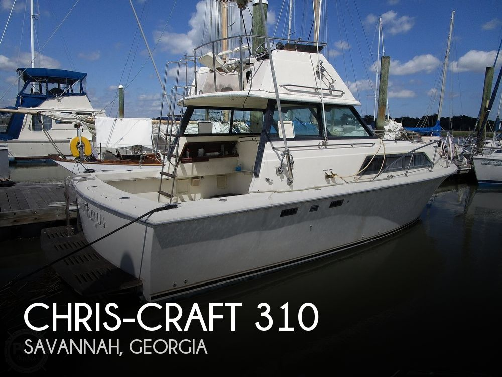 1981 Chris Craft boat for sale, model of the boat is CATALINA 310 EXPRESS & Image # 1 of 40
