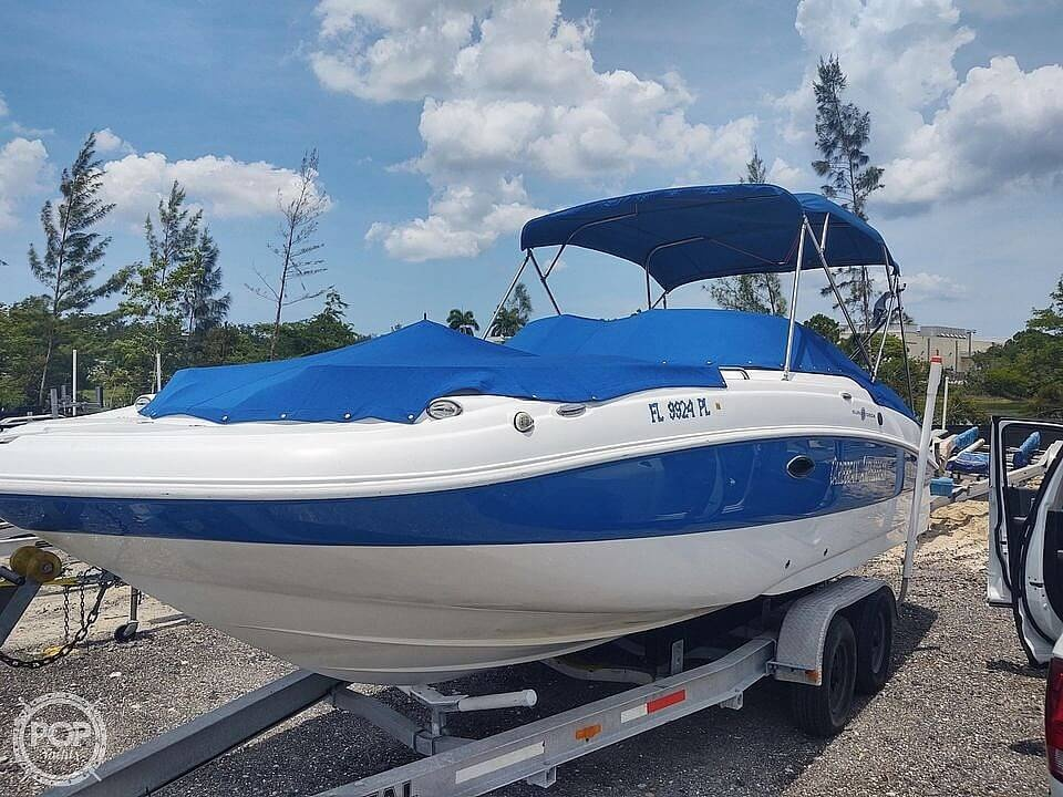 2013 Hurricane boat for sale, model of the boat is Sundeck 2400 & Image # 4 of 21