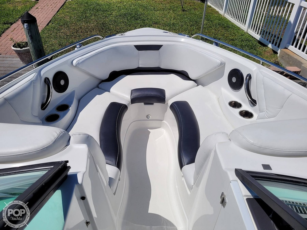 2017 Monterey boat for sale, model of the boat is 264 FS & Image # 5 of 40