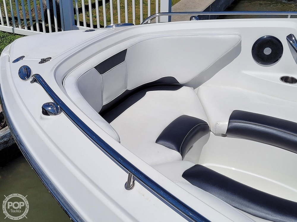 2017 Monterey boat for sale, model of the boat is 264 FS & Image # 14 of 40