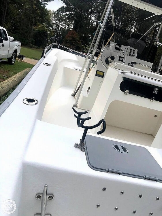 2000 Cape Horn boat for sale, model of the boat is 219 & Image # 3 of 40
