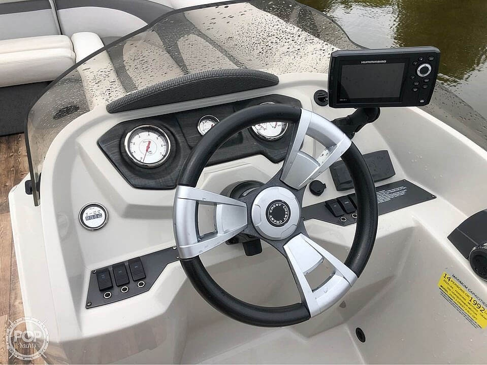 2017 Crest boat for sale, model of the boat is 230 slc & Image # 11 of 16