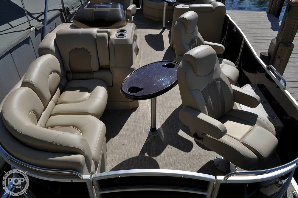 2016 Sylvan boat for sale, model of the boat is Mandalay 8523 Sportlounger & Image # 9 of 40