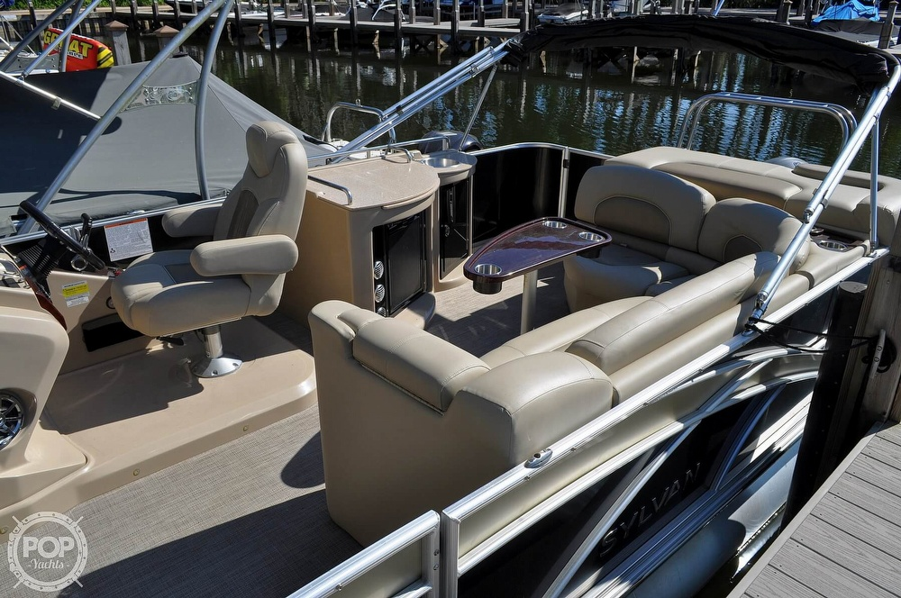 2016 Sylvan boat for sale, model of the boat is Mandalay 8523 Sportlounger & Image # 13 of 40