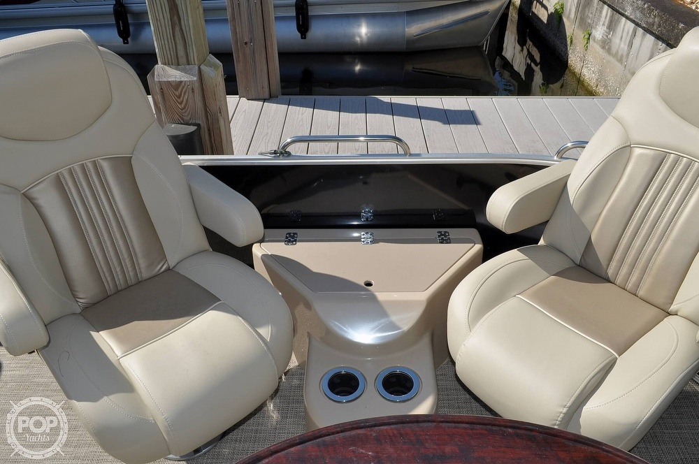 2016 Sylvan boat for sale, model of the boat is Mandalay 8523 Sportlounger & Image # 15 of 40