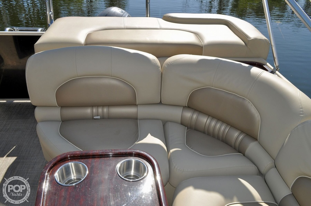 2016 Sylvan boat for sale, model of the boat is Mandalay 8523 Sportlounger & Image # 32 of 40