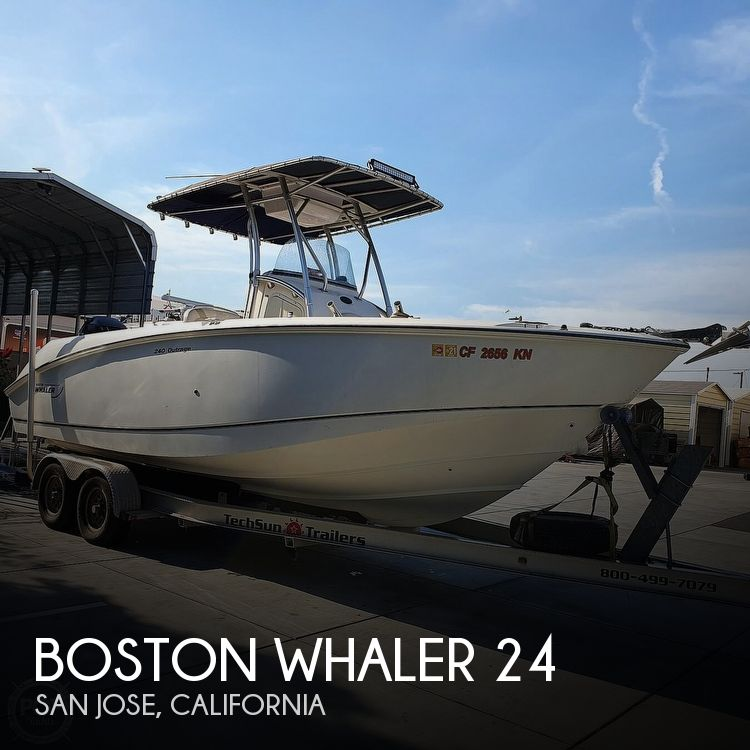 Used Power boats For Sale in Santa Cruz, California by owner | 2005 Boston Whaler 24