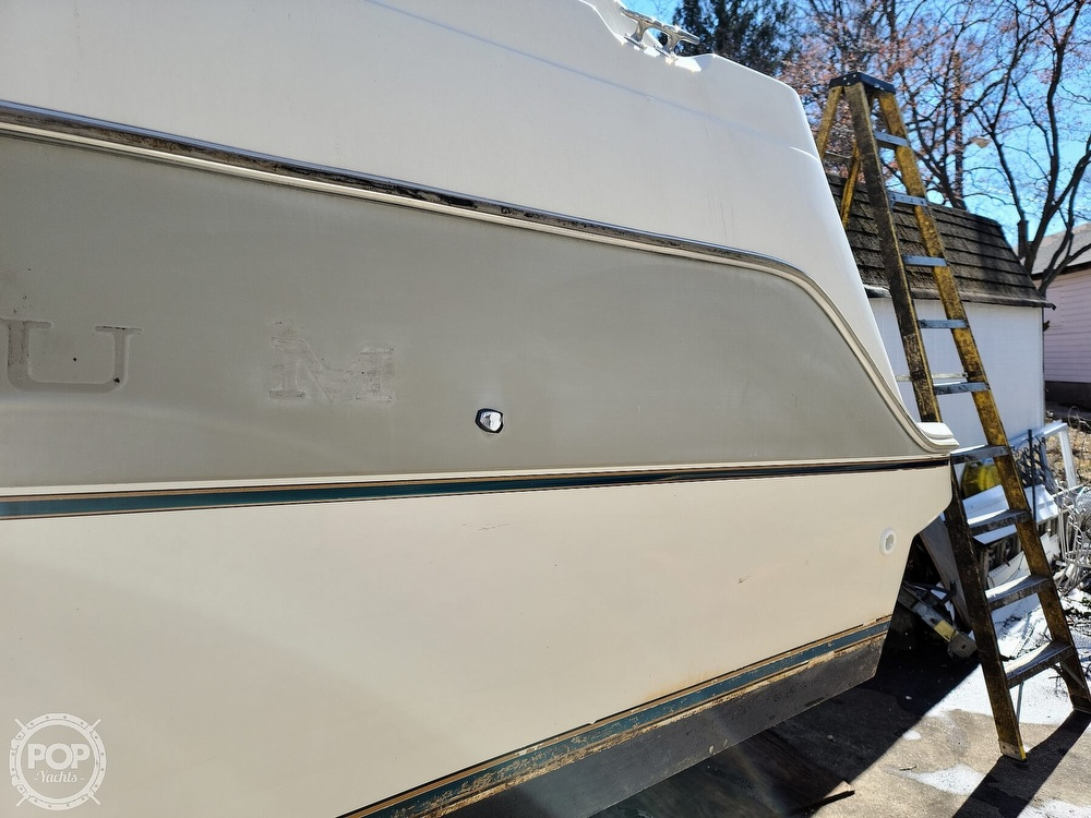 1994 Maxum boat for sale, model of the boat is 2400 SCR & Image # 7 of 40