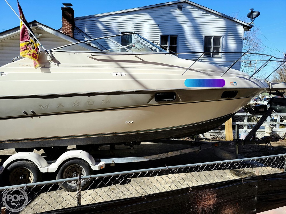 1994 Maxum boat for sale, model of the boat is 2400 SCR & Image # 14 of 40