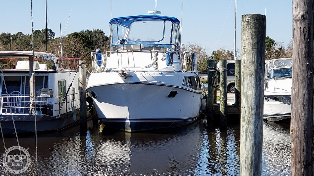 1988 Carver boat for sale, model of the boat is 3697 Mariner & Image # 3 of 40