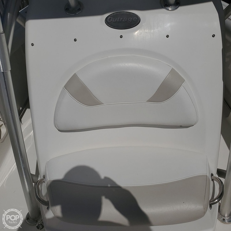 2007 Boston Whaler boat for sale, model of the boat is 270 Outrage & Image # 35 of 40