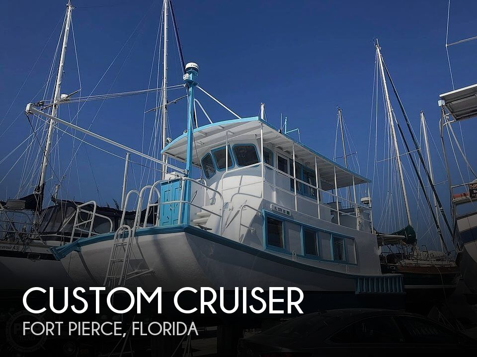 Used Houseboats For Sale in Florida by owner | 1987 35 foot Custom Cruiser