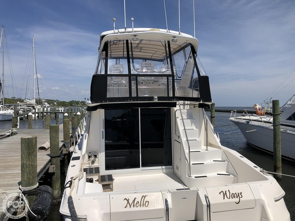 1996 Sea Ray boat for sale, model of the boat is 550 Sedan Bridge & Image # 23 of 40